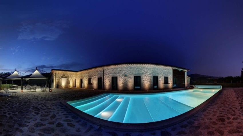 piscina notturna il capisterium